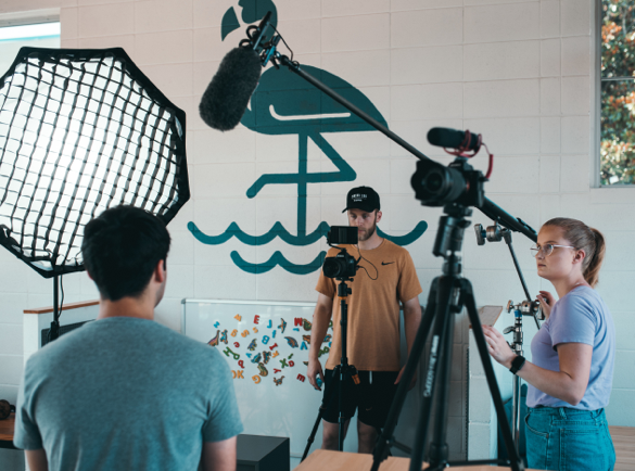 Comment se démarquer lors d'un salon professionnel   Créez une présentation vidéo de votre marque